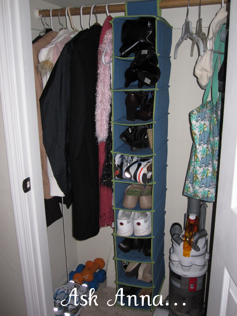 De-Cluttering: the Entryway Closet