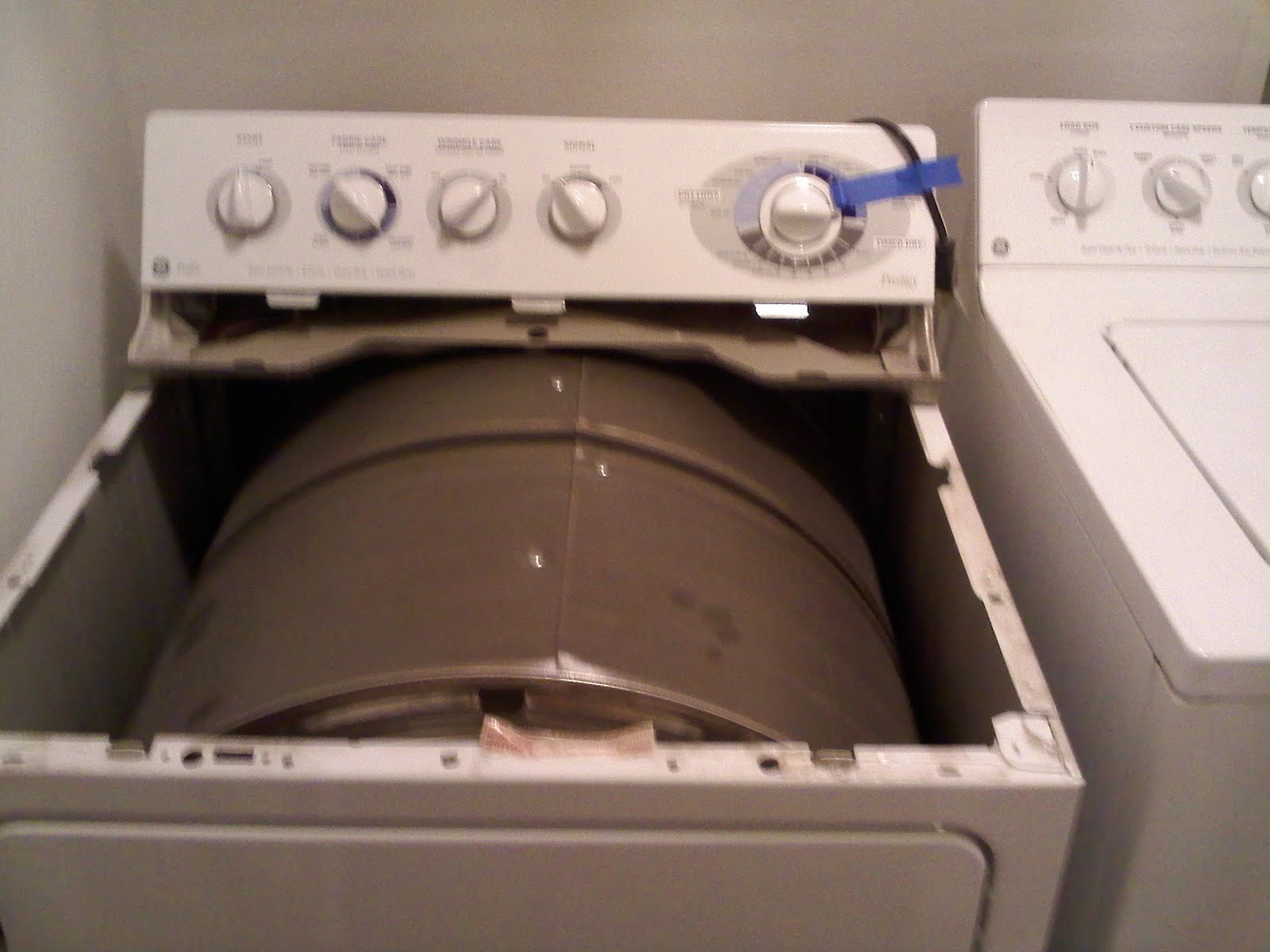 How to Clean the Dryer