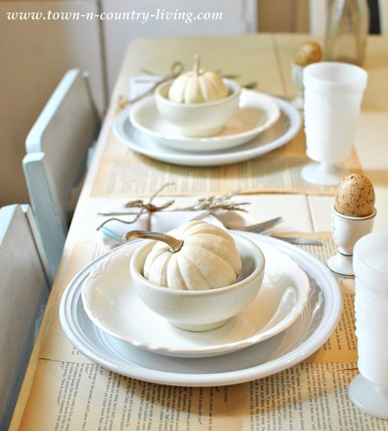 Thanksgiving white table setting & Thanksgiving Table Setting Ideas - Ask Anna