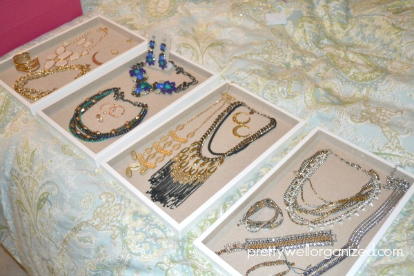 Two easy ways to organize jewelry - Ask Anna