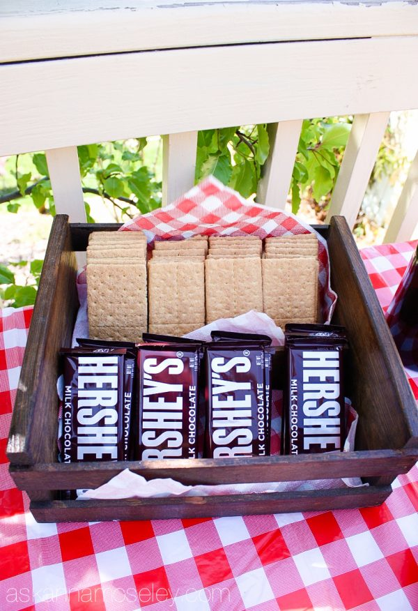 Camping themed party, s'mores bar - Ask Anna