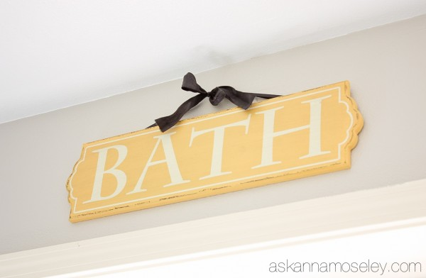 Bathroom decorations - Ask Anna