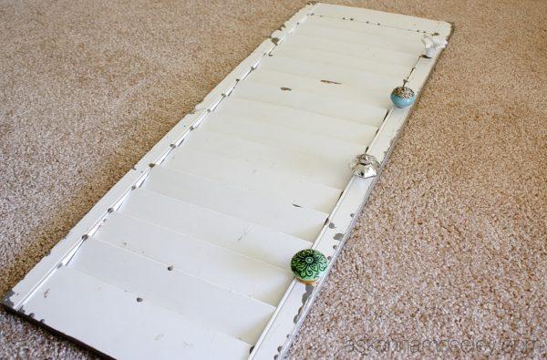 DIY towel rack from a shutter - Ask Anna