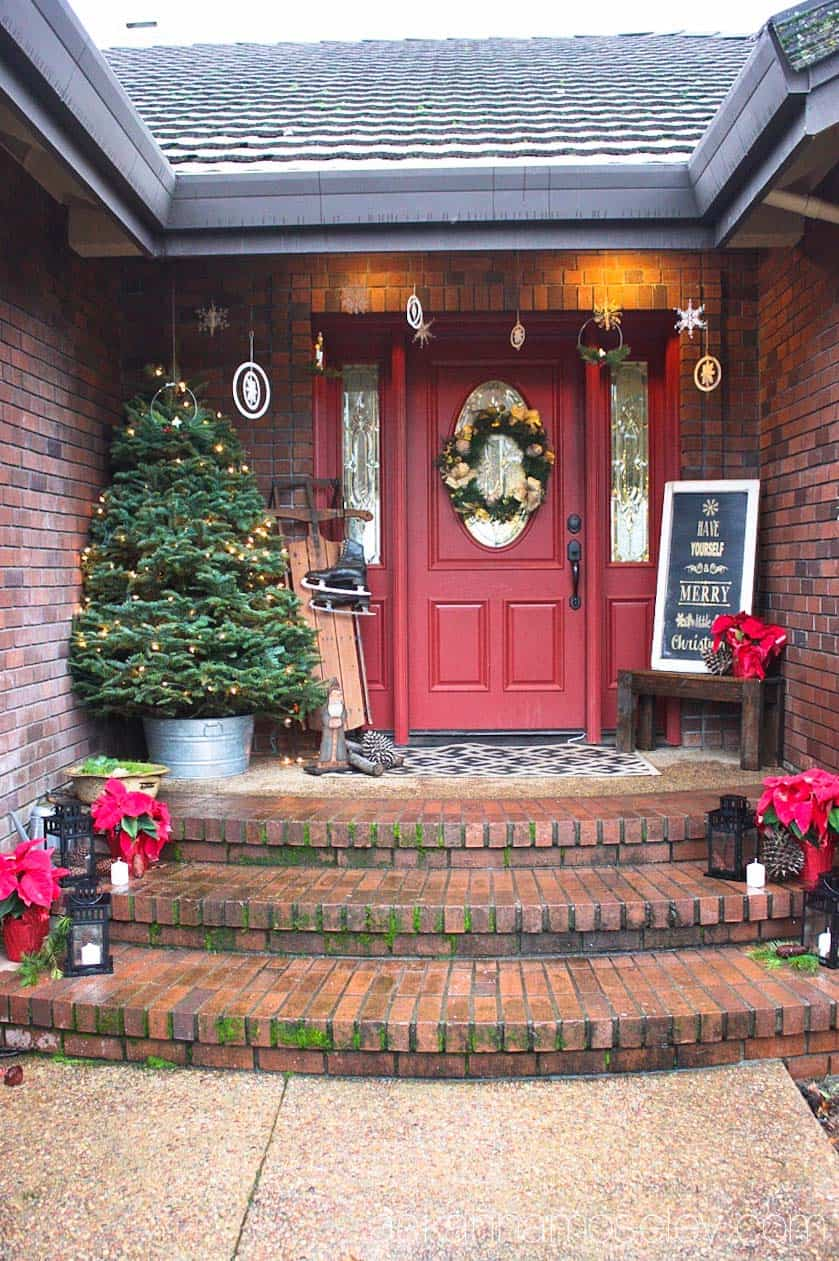 A Christmasy front porch tour - Ask Anna