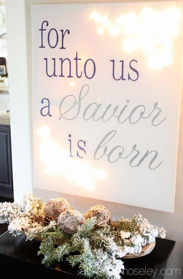 DIY light up Christmas canvas - Ask Anna
