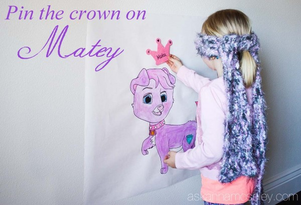 Pin the crown on Matey the Palace Pet - Ask Anna
