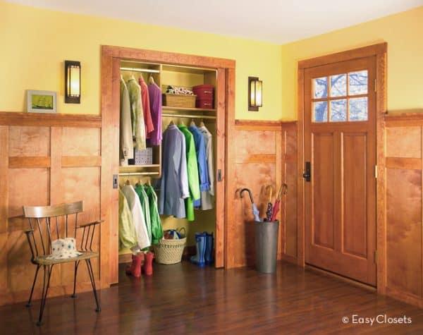 Entryway closet organization