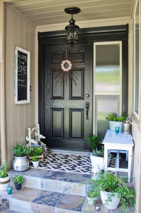 Black front door - Ask Anna