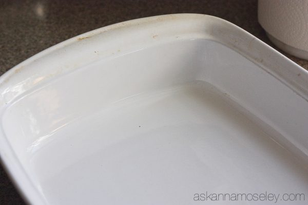 How To Clean Baked On Grease Off Pots Pans Amp Baking