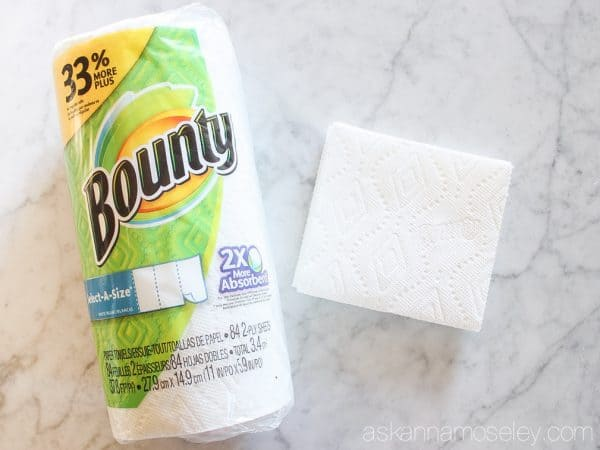 As moms we clean up lots of messes but now it's even faster with the new Bounty towels. They are 2x more absorbent so you can clean up quickly & get back to enjoying your family | Ask Anna