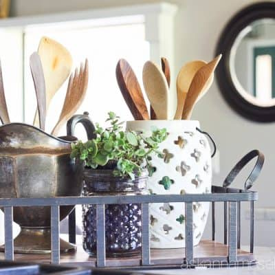 Farmhouse Chic Kitchen Mini-Makeover