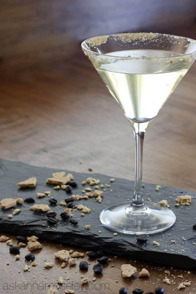 Creme Bruleé Martini | Ask Anna