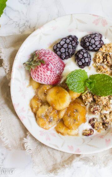 Caramelized Banana Honey Greek Yogurt Bowl